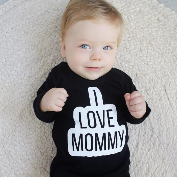 Shirt I love mommy